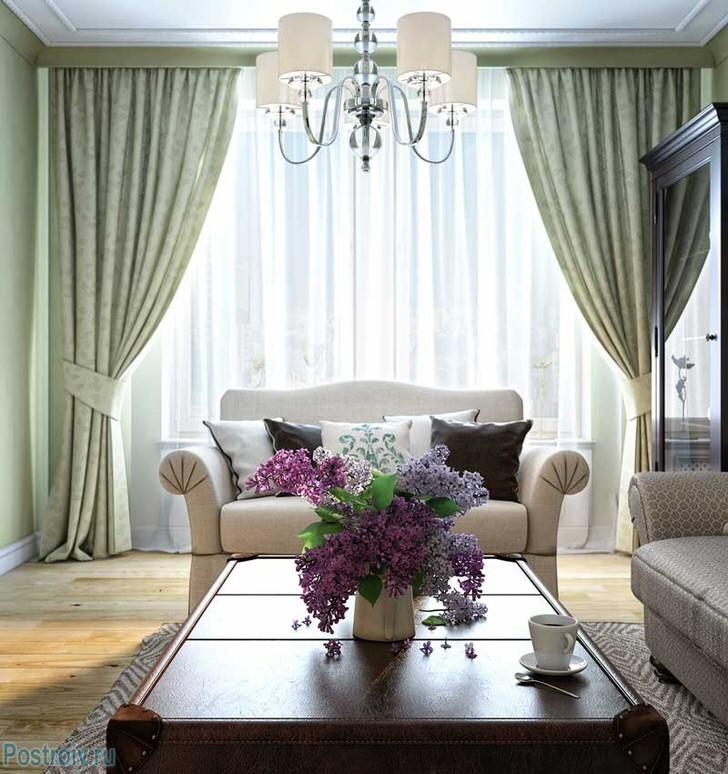 Нежная, миловидная мебель для гостиной в стиле неоклассика делает обстановку уютной, комфортной, по-домашнему теплой.