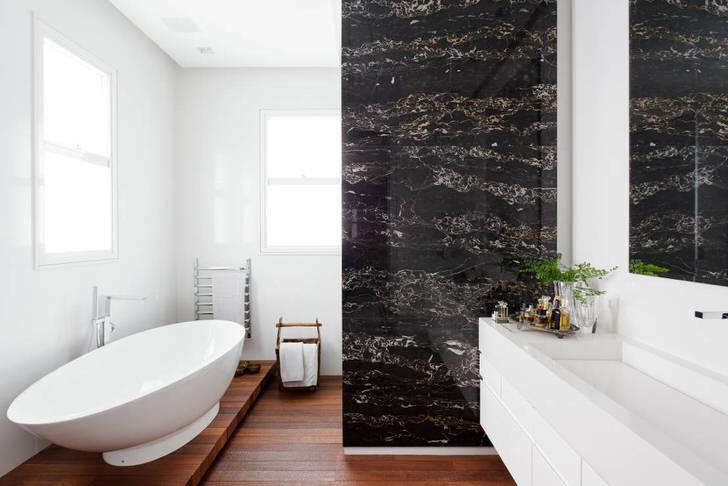 Крупногабаритная ванная комната