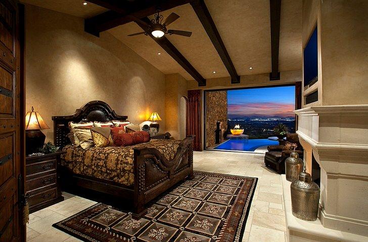 Спальня в средиземноморском стиле - идеальный вариант планировки дизайна загородного дома.