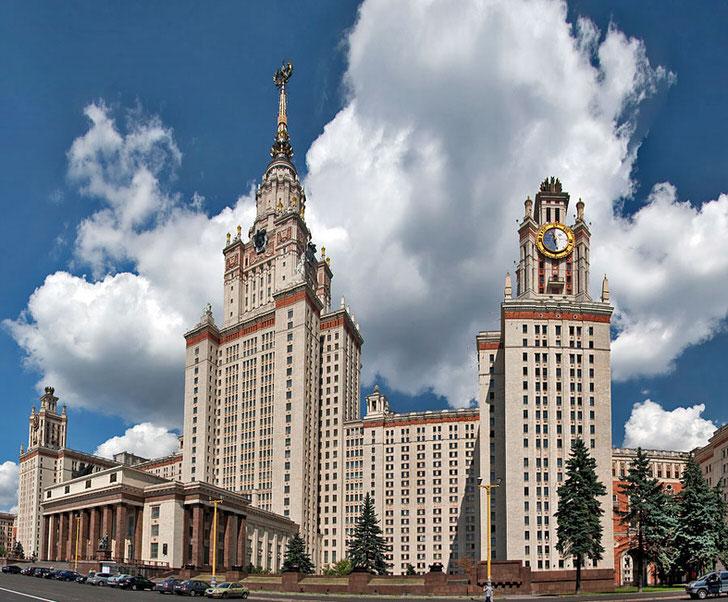 Сталинский ампир стал отдельным архитектурным направлением.