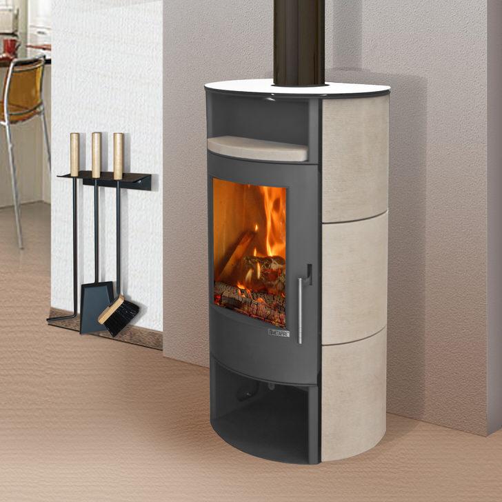 Печь-камин - многофункциональная конструкция, которая является не только интересной декоративной деталью, но и элементом отопительной системы.