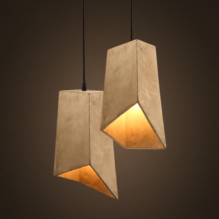 Неправильная, асимметричная форма потолочных люстр идеальна, если говорить о стиле лофт.