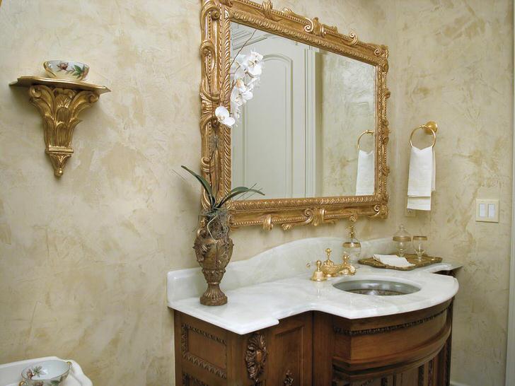 Венецианская штукатурка в ванной комнате в стиле модерн.