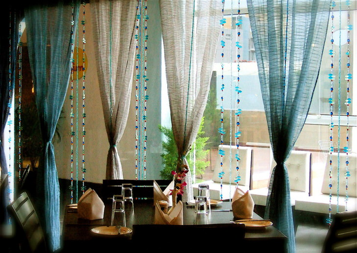 Романтично и не скучно - шторы нити с люрексом, бисером, стразами и вашей богатой фантазией.